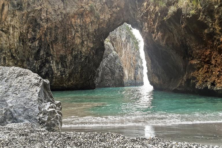 Spiaggia dell'Arco Magno, Kalabrien